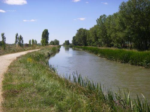 Canal de Castilla, obra de ingeniería del Siglo SVIII