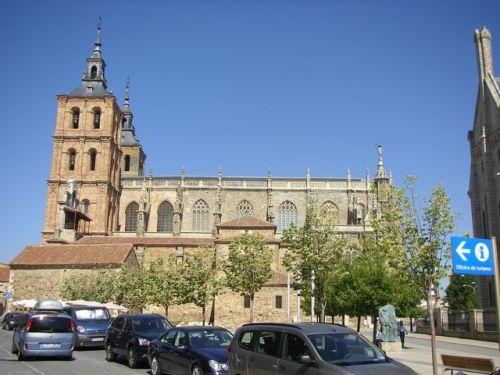 Vista  de la Catedral de Astorga