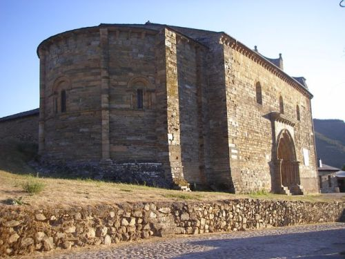 Iglesia de Santiago de Villafranca del Bierzo