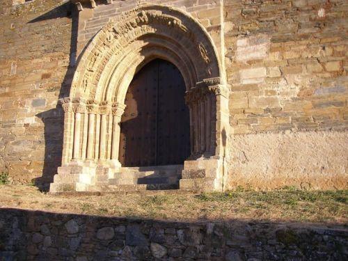 Iglesia de Santiago. Puerta del Perdón. Villafranca del Bierzo.