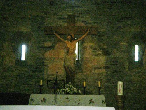 Interior de la Iglesia de Santa María la Real de O Cebreiro. Altar Mayor