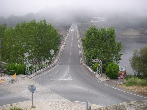 Entrada por el Puente de Portomarín